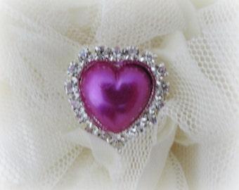 Fuchsia Pearl Heart Buttons. QTY: 1 button.