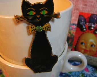 Black Cat Brooch Pin superstition Halloween kitsch