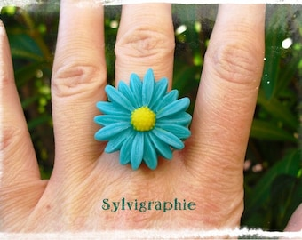 Green Daisy ring
