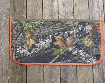 Custom Western Saddle Pad in Mossy Oak Break-Up Camo Print with Blaze Orange Trim