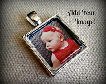 Custom Photo Pendant with Chain l 2 Size Options l Children, Kids, Babies, Weddings, Bride Groom, Engagement, In Memory, Travel, Logo