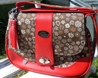 Red-brown bag with flowers