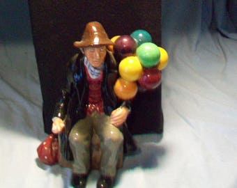 Royal Doulton Figurine HN 1954 The Balloon Man