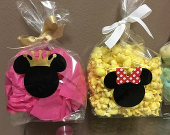 12 Minnie Mouse themed Birthday Party plastic goody bags.