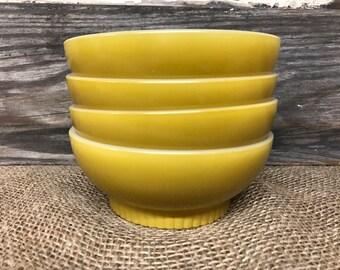 Set of 4 Vintage FireKing Bowls