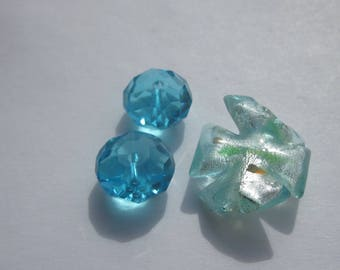 set of 3 glass round beads and wavy blue 12-19 mm (PV29-29)