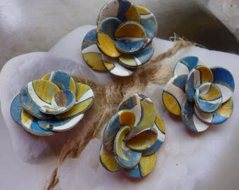 FLOWERS JEWELRY MAKING.  POLYMER CLAY, YELLOW AND BLUE