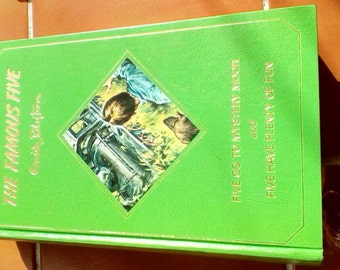 Vintage hardback Enid Blyton book The famous five