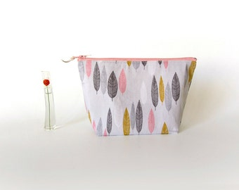 Makeup pouch, cosmetic pouch, gift for mom, medium zipper pouch, bridesmaid gift, organic cotton, pink make up pouch