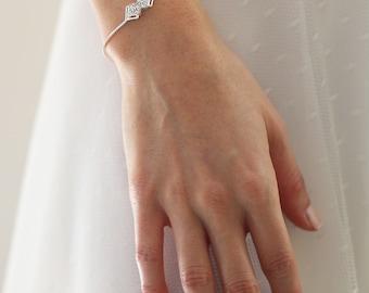 Delicate bridal Bracelet, Wedding Jewelry, Bride Bracelet,  Bridesl Bracelet, Silver bracelet, vintage wedding bracelet, vintage, wedding