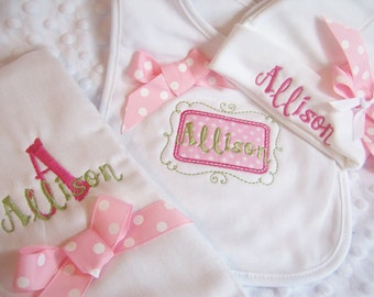 personalized baby girl coming home  set, Take  Home From Hospital, Hat, Bib and Burp cloth set, personalized hospital hatbaby gift