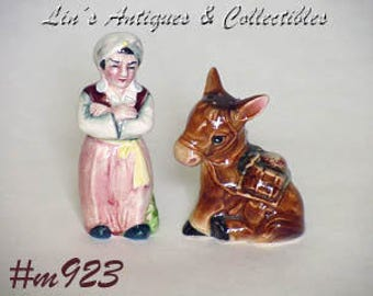 Vintage Genie and Donkey Shaker Set,Vintage Salt and Pepper Shaker Set,Genie and Donkey Salt and Pepper Shaker Set (Inventory #M923)