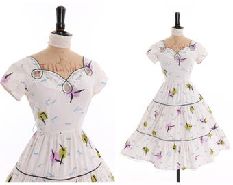 Vintage original 1950s 50s novelty can can dancer print dress by Vicky Vaughn UK 6 8 US 2 4 XS S