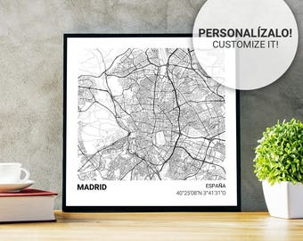 Madrid (Spain) 23 x 23 map poster. Custom text. Ideal plate for decoration or as a gift.