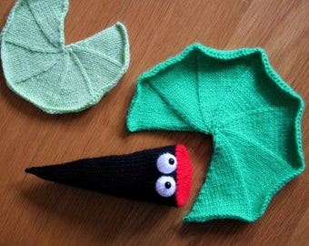 Knit your own Hungry Tadpole (pdf pattern)