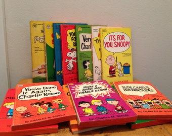 Set of 14 Vintage Charlie Brown / Peanuts Comic Paperback Books by Charles M. Schulz