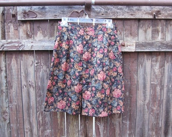 Vintage 1980s Floral Long Oversized Shorts / High Waisted / Muted Color Scheme
