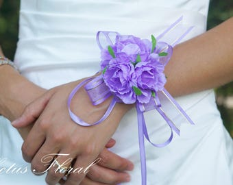 Bridesmaid Wrist Corsage, Wedding Flowers, Wedding Corsage, Purple Corsage, Corsage with Pearl Bracelet, Prom Corsage