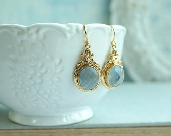 Grey Earrings  Vintage Inspired Wedding Bridesmaids Gift Modern Earrings Gold and Grey Victorian Wedding Jewelry Gray Glass Dangle Earrings