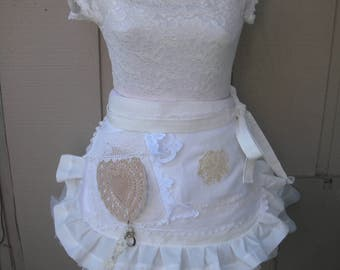 Aprons / Wedding Shower Aprons / White Lace Aprons / Shabby Chic Aprons / Cottage Chic Aprons / Creme Lace Aprons / Annies Attic Aprons