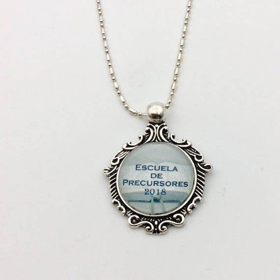 JW Pioneer School 2018 Scroll Pendant with chain, English or Spanish.  Blue Velvet Gift Bag Included!