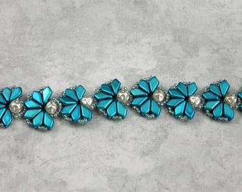 hand beaded bracelet,handmade bracelet,kite beads, Czech pearls,metalust blue kite beads,kite bead bracelet,lotus design,textured pearls