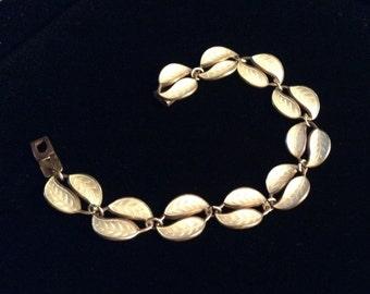 Vintage 1950's David Andersen sterling silver and white guilloche enamel leaf bracelet, made in Norway