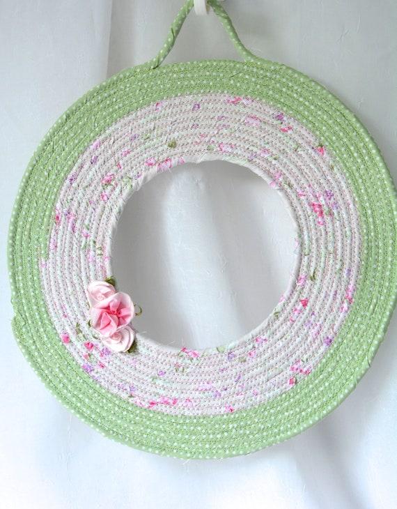 Green Wreath, Summer Door Hanger, Lovely Wall Art, Artisan Quilted Wreath, Handmade Floral Home Decor, Modern