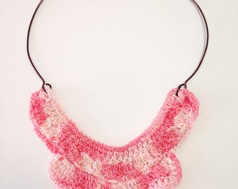 Pink veined Fan Necklace
