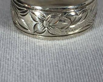 Vintage Sterling Silver Floral Band Ring