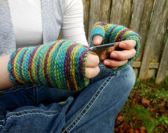 Text Me Gloves Crochet PDF Pattern - Instand Download