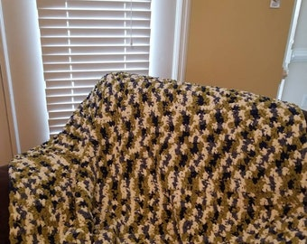 Super Chunky Adult Throw, Adult Blanket, Mulitcolored, Solid Color