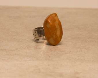 Hand made Silver adjustable Ring w. high fired porcelain stone.