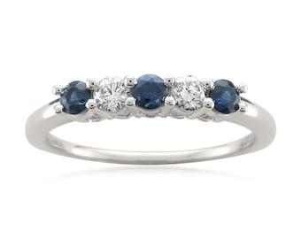 14k White Gold Round Diamond & Blue Sapphire Bridal Wedding Band Ring (1/2 cttw, H-I, I1)