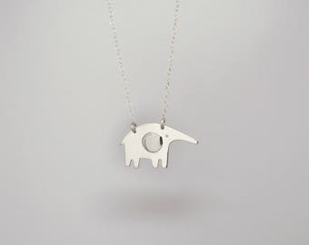 Elephant necklace / collier Éléphant