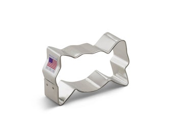 Wrapped Candy Cookie Cutter, Baking and Candy Making, Bakeware, Cookie Cutters