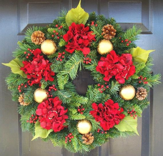 Holiday Gift, Christmas Wreath, Hydrangea Holiday Winter Door Wreath, Holiday Evergreen Wreath, Christmas Decoration, Door Wreath