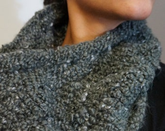 Gray Cowl / Chunky Cowl / Grey Infinity Scarf / Chunky Knit Infinity Scarf