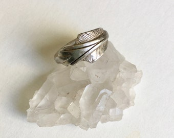 vintage sterling heavy arrow ring, size 7