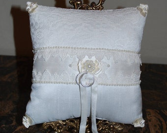 """CLEARANCE!  Wedding Ring Pillow - """"Timeless"""""""