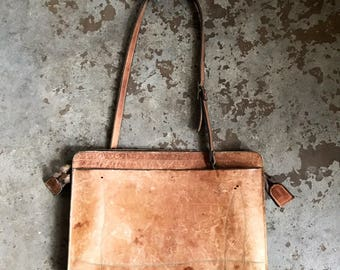On the Move / Vintage 1960s Brown Leather Messenger Bag Metal Zip Crossbody Attache Laptop Carrier