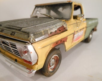 Classicwrecks, Rusted Wreck,Ford Pickup, Scale Model ,Truck Stop,Pickup Truck