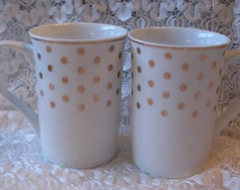Shabby Chic Gold Dot Pr. Of Coffee Tea Mugs Thewarehouseshelf Collectibles