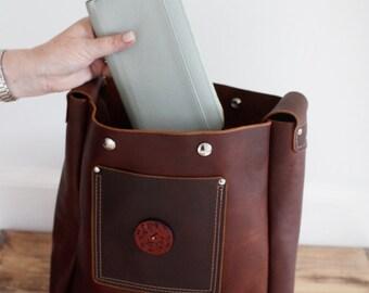 Distressed leather tote shoulder bag, handmade leather bag, leather tote bag, Kodiak leather tote, leather shoulder bag, handmade in  PEI