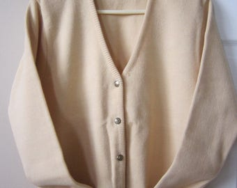 Ladies 100% Merino Wool Collar Neck, with Metal Button at Front Opening,Two Bottom Pockets  High Quality Cardigan, Double Knit