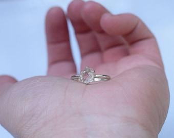 Rough Diamond Ring, Raw Diamond Engagement Ring, White Diamond, Wedding Ring, Womans Diamond Ring, Dainty Modern Bridal Ring, Raw Stone
