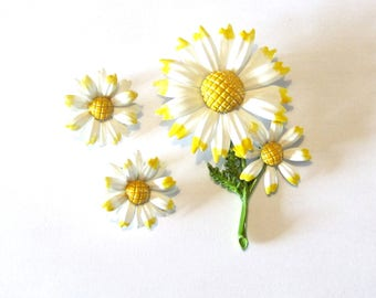 Enamel Daisy Pin with Matching Clip-on Earrings