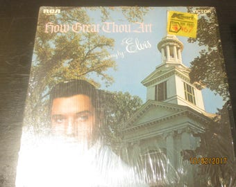 Elvis Presley VG++ Vinyl Record - How Great Thou Art - Cover is in NM Condition Vinyl records