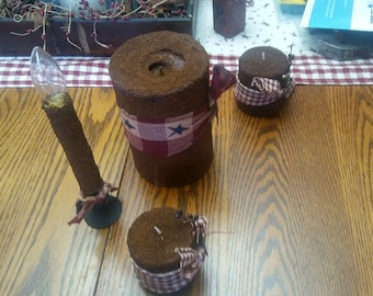 Grubby Primitive Candles