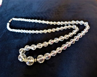 Beautiful long Art Deco 1930s faceted crystal necklace